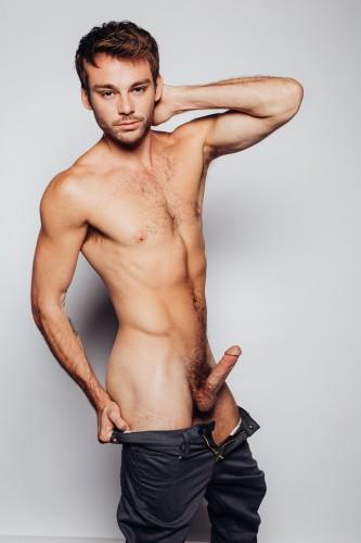 Max Adonis